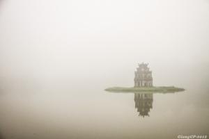 A horizontal winter in Hanoi, Hoan Kiem Lake